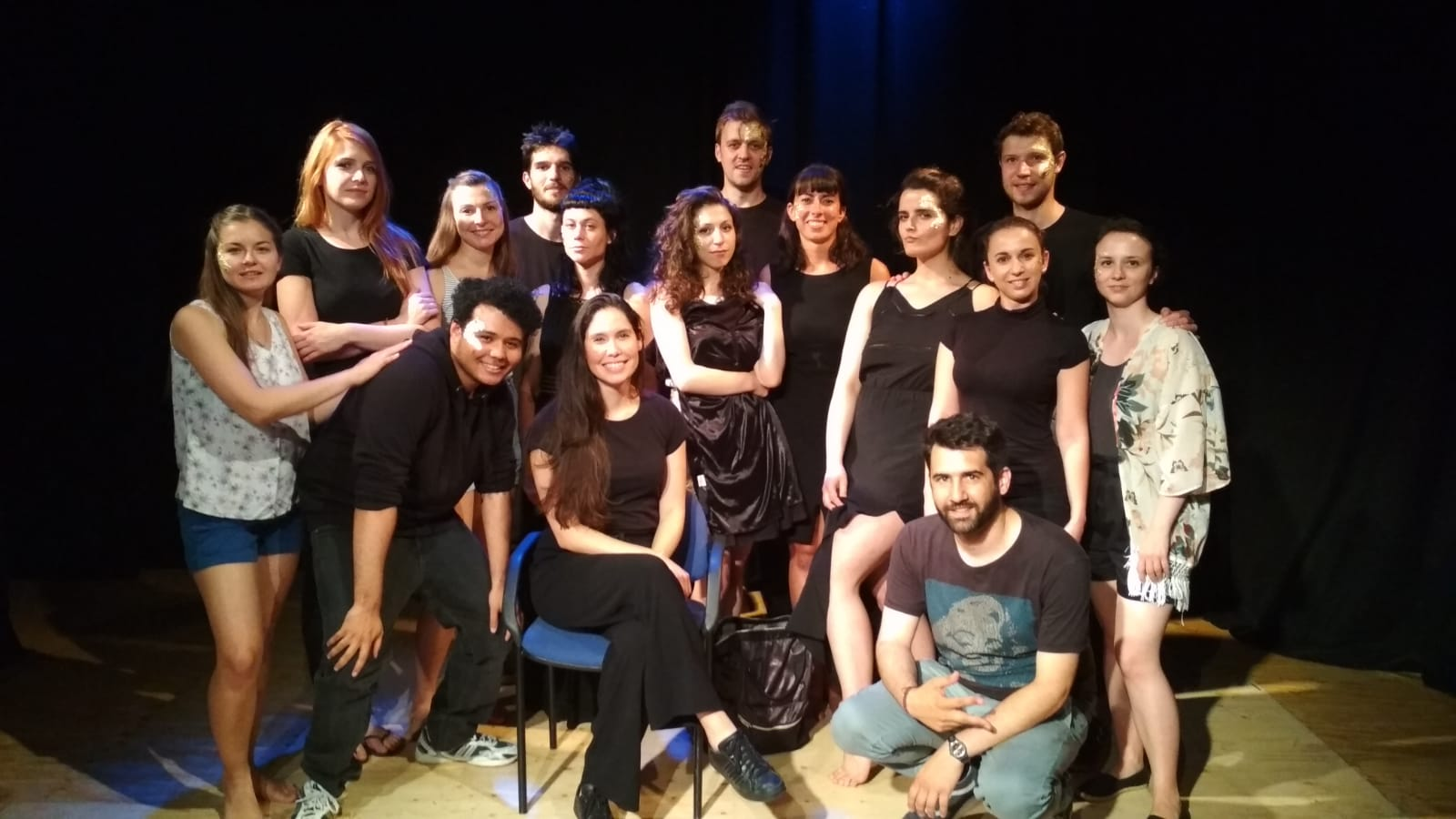 """""""Keeping up with the Greeks"""" show. Group photo of the cast and team, fifteen people."""